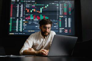 How Advanced Technology Enhances Digital Marketing Effectiveness
